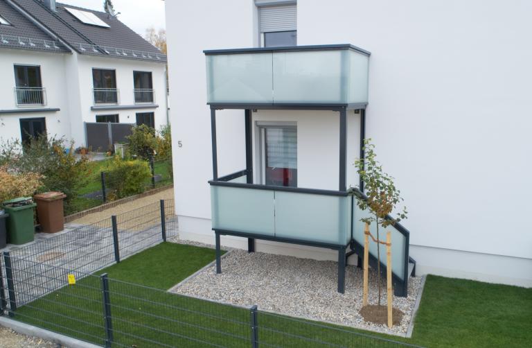 Balkon mit Gartentreppe in Augsburg